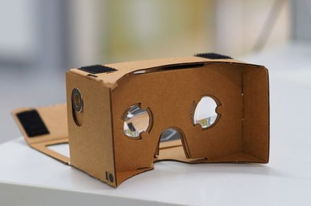 Google Cardboard -kakkulat. othree / CC BY 2.0